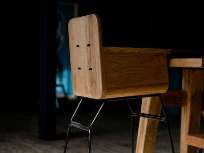 Time to introduce the Mowkan Oak chair!